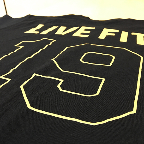 【EXCLUSIVE COLLECTION】【即お届け】【LIVE FIT】【LVFT】LA Tee(Black/Gold)